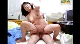 Japanese MILF Free Amateur Porn Video View more Japanesemilf.xyz